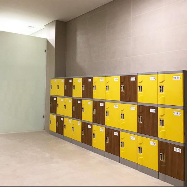 school-locker-librabry-sport-hall