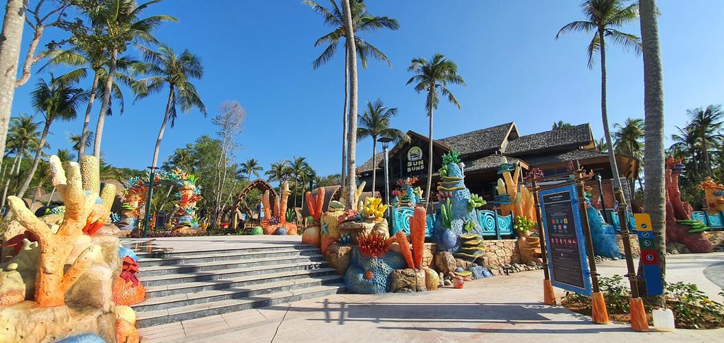 Công viên nước Aquatopia - Hòn Thơm